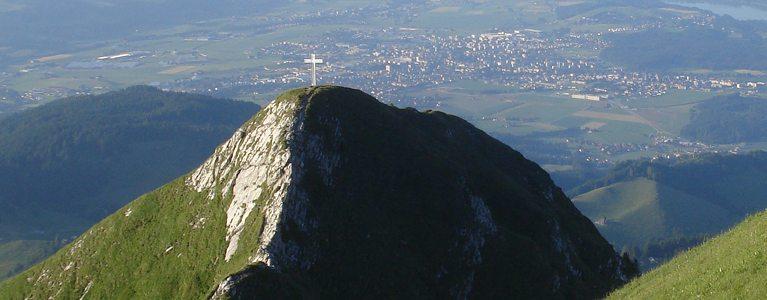 Eclairer la croix au sommet